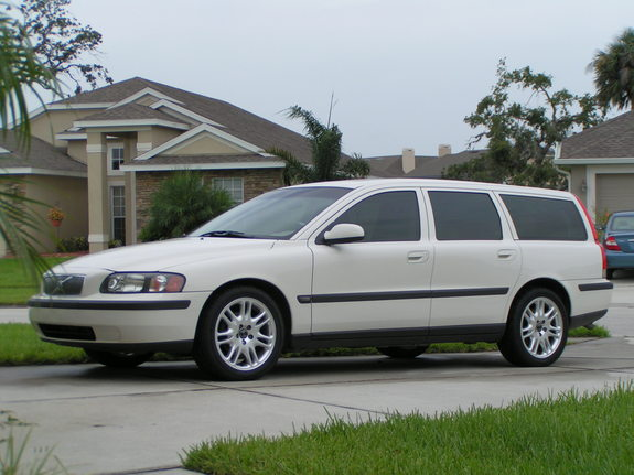 Another hmarquez 2002 Volvo V70 post... - 6768506