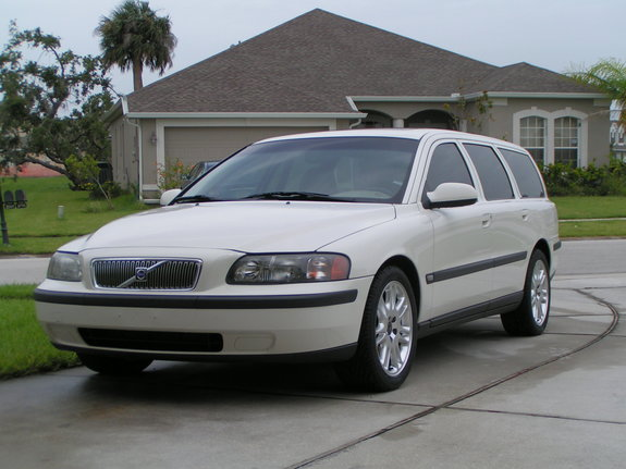 Another hmarquez 2002 Volvo V70 post... - 6768507