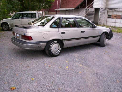 reneveah 1991 Ford Taurus 6787460