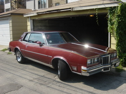 ondulausas 1979 Pontiac Grand Prix