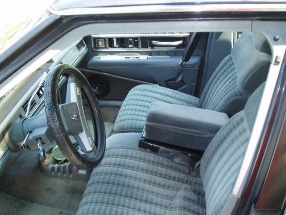 Bigt112187 1988 Oldsmobile Delta 88 Specs Photos