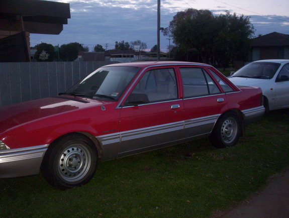 1986 Holden Vl: Fonzo87's 1986 Holden Commodore In Shepparton