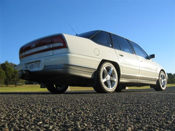 Another 1SS05L 1999 Holden Statesman post... - 6885272