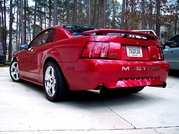 02LaserRed2V 2002 Ford Mustang 6894527