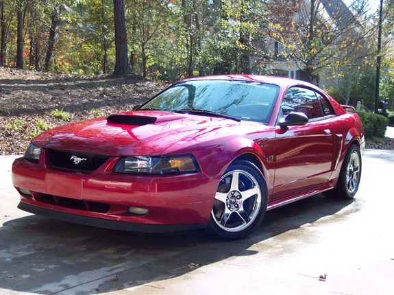 02LaserRed2V 2002 Ford Mustang 6894531