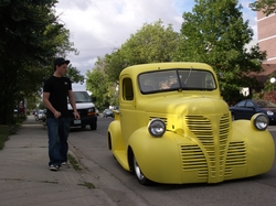 Leon47 1947 Dodge W-Series Pickup