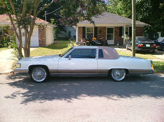 Dunk101 1985 Cadillac Fleetwood Specs Photos Modification Info