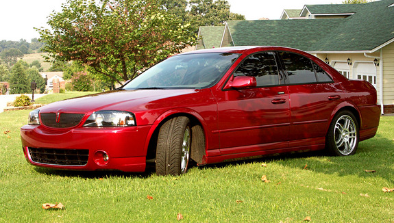 GullGroup's 2004 Lincoln LS
