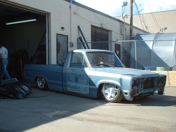 Another one_lo_one 1981 Mazda B-Series Cab Plus post... - 6922676