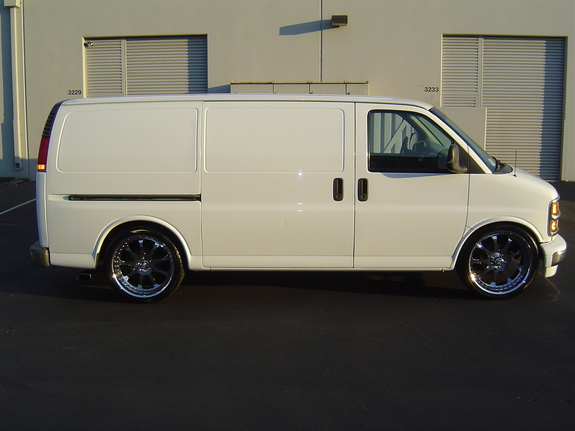 wheelzplus 2000 Chevrolet Express 1500 Cargo Specs, Photos ...