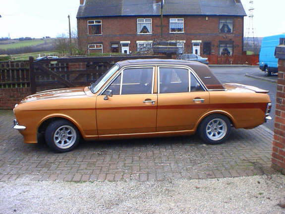 Another terenztercel 1971 Ford Cortina post... - 6928623