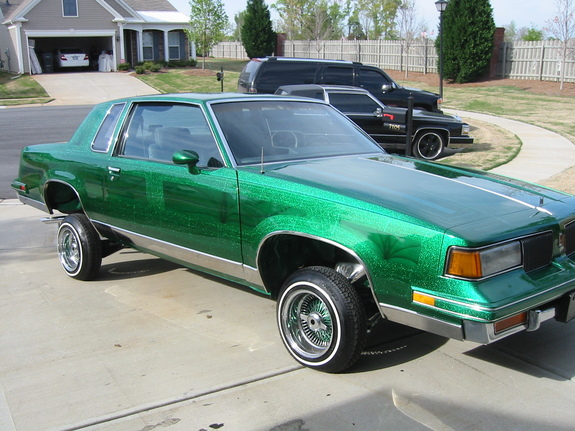 88 CUTLASS SUPREME LOWRIDER Check Out This Paint Job FOR SALE