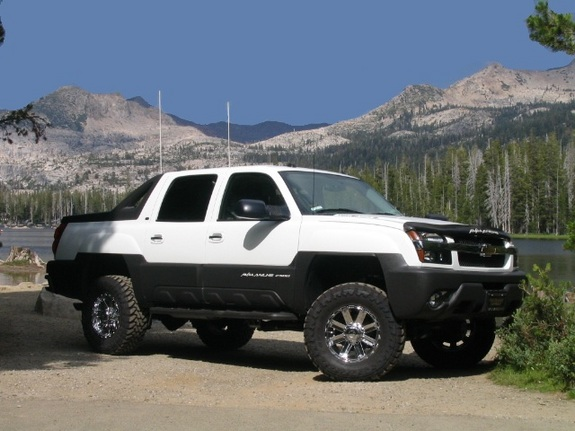avalanchewolf 2005 chevrolet avalanche specs photos. Black Bedroom Furniture Sets. Home Design Ideas