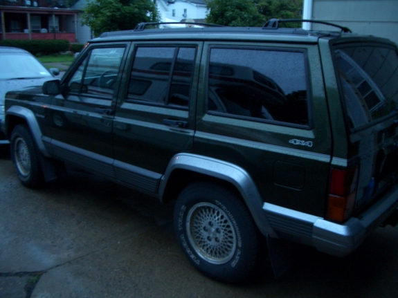 Another crazyzoomzoom 1995 Jeep Cherokee post... - 6980272