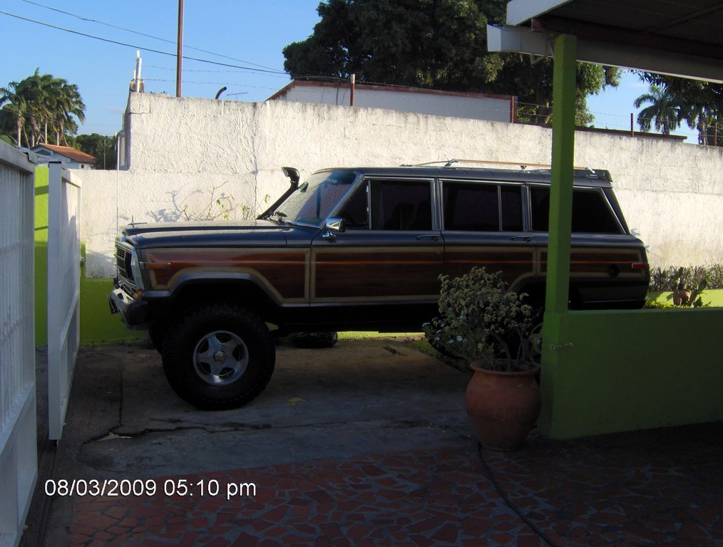 Another Supercheox 1987 Jeep Grand Wagoneer post... - 7427195