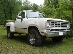 rampagingwarlocks 1976 Dodge W-Series Pickup