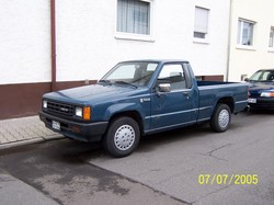 haubstr 1987 Dodge D150 Club Cab