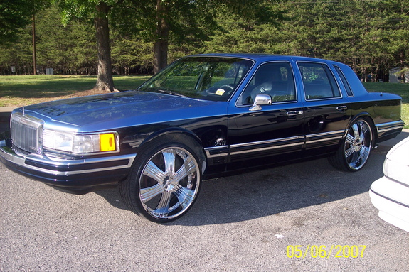 S Ruberio 1990 Lincoln Town Car Specs Photos Modification Info At