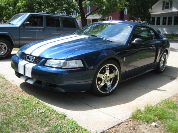 jc3149 2000 Ford Mustang 7415386