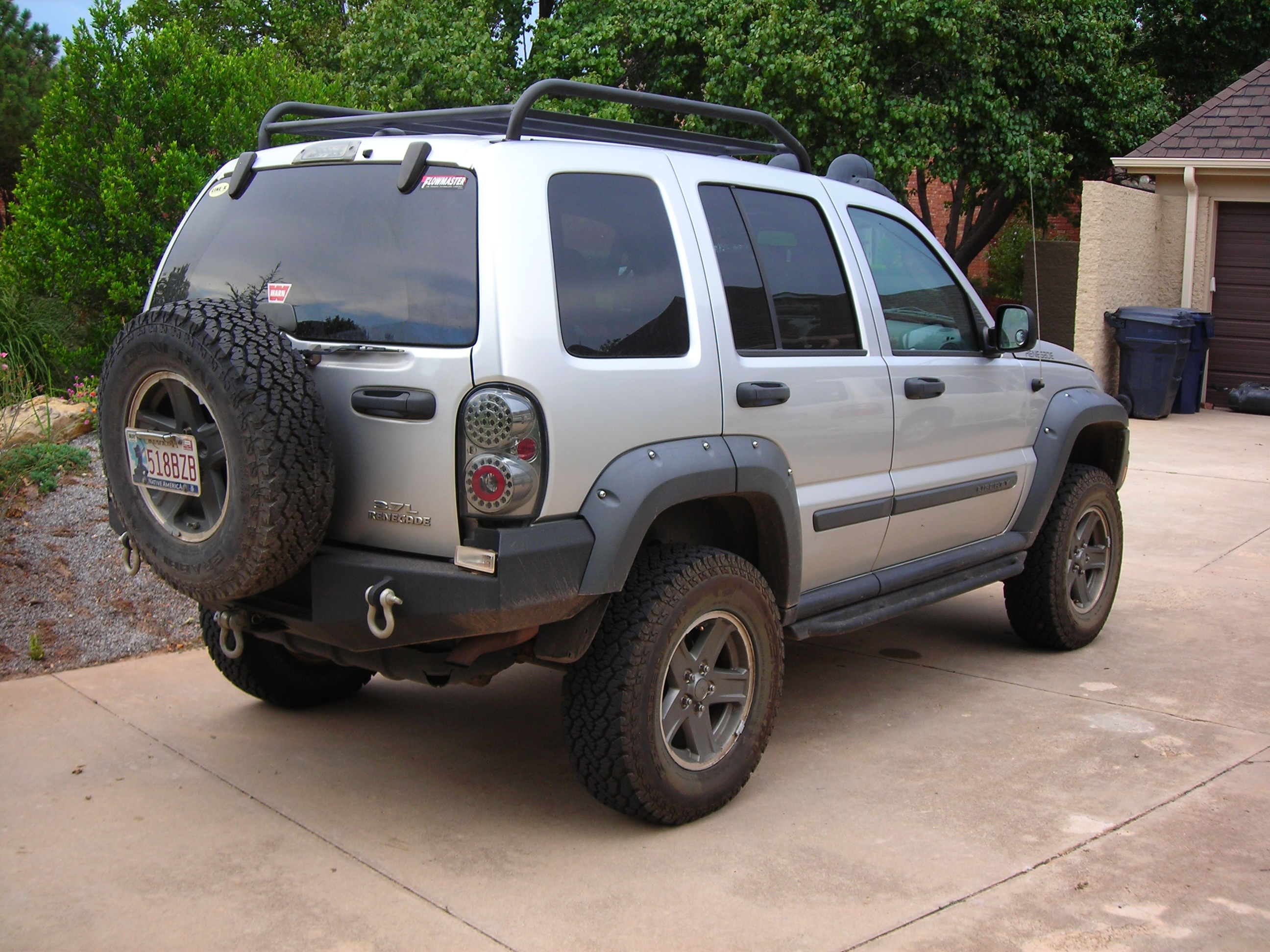 Thule Roof Carrier Roof Racks/Cargo Carriers - Page 2 - Jeep Liberty Forum ...