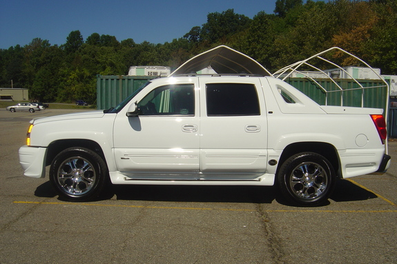 atabeyk 2005 chevrolet avalanche specs photos. Black Bedroom Furniture Sets. Home Design Ideas
