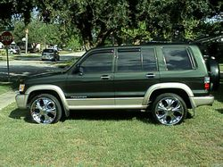 sagan1 2000 Isuzu Trooper