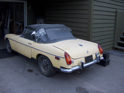 ghn5ucs 1972 MG MGB