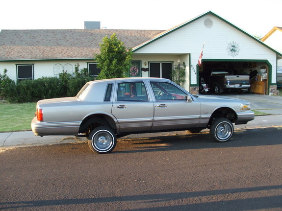 Remione 1995 Lincoln Town Car Specs Photos Modification Info At