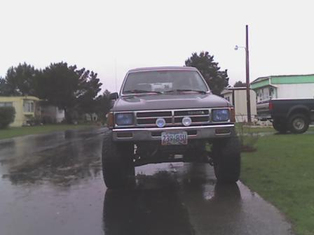 Studed S 1987 Toyota 4runner Page 2 In Warrenton Or