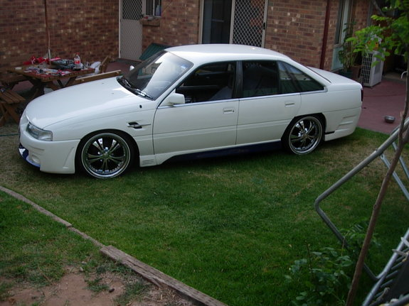 1991_Vn2nV 1991 Holden Berlina Specs, Photos, Modification