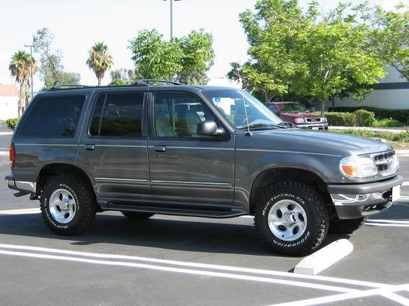 Jeff00000168 1998 Ford Explorer
