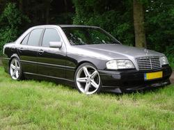 silver-blacks 1996 Mercedes-Benz C-Class