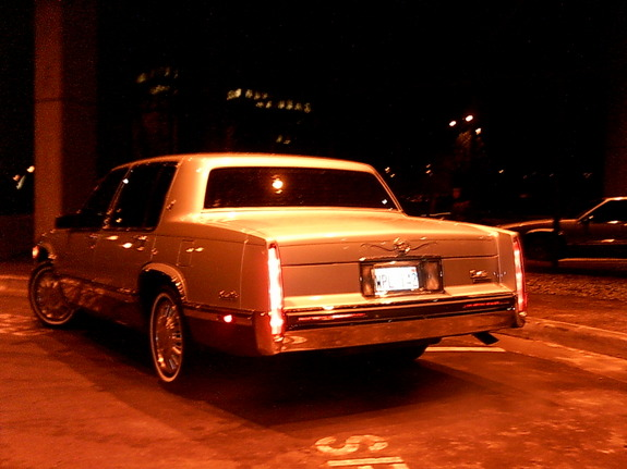 Another 28040622 1993 Cadillac DeVille post... - 7100372