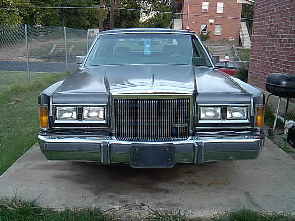 jeromesnova 1989 lincoln town car specs photos modification info at cardomain. Black Bedroom Furniture Sets. Home Design Ideas