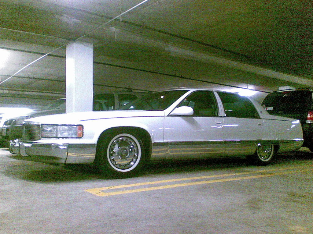 95fleetwoodss 1995 cadillac fleetwood specs photos modification info. Cars Review. Best American Auto & Cars Review
