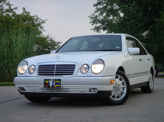 Zad329 1997 mercedes benz e class specs photos for 1997 mercedes benz e class