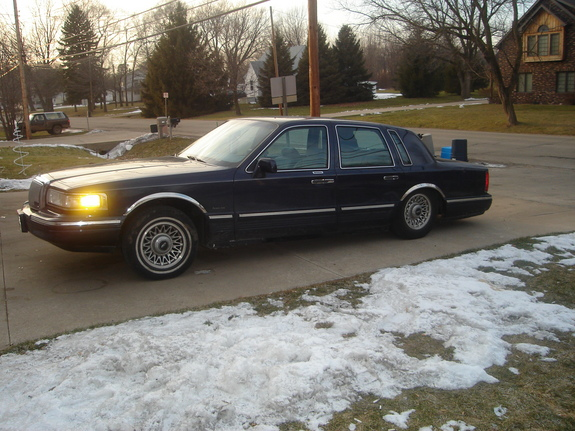 lo lincoln 1997 lincoln town car specs photos modification info at cardomain. Black Bedroom Furniture Sets. Home Design Ideas