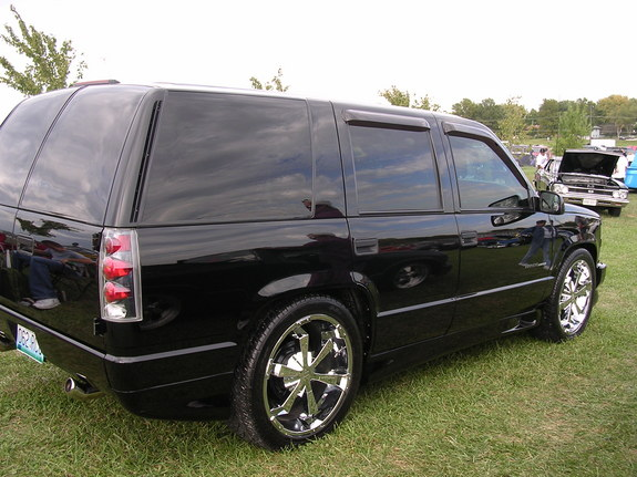 2000 chevy tahoe limited for sale in autos weblog. Black Bedroom Furniture Sets. Home Design Ideas