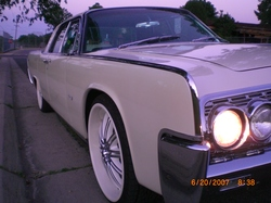 lopez31 1962 Lincoln Continental