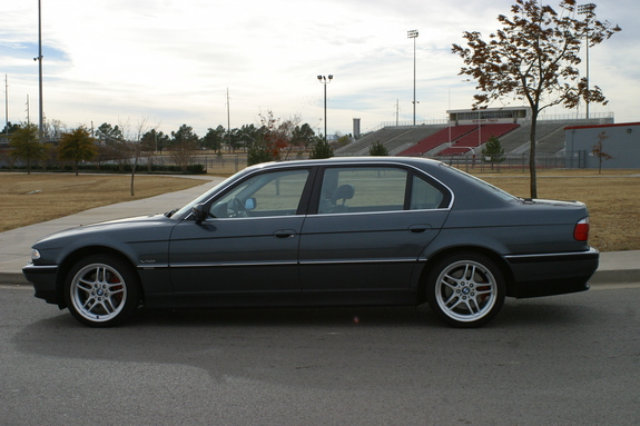 undercover911 1999 BMW 7 Series 7191169