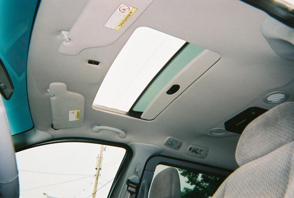 Another wareboy17 2000 Ford Windstar Passenger post... - 7417126