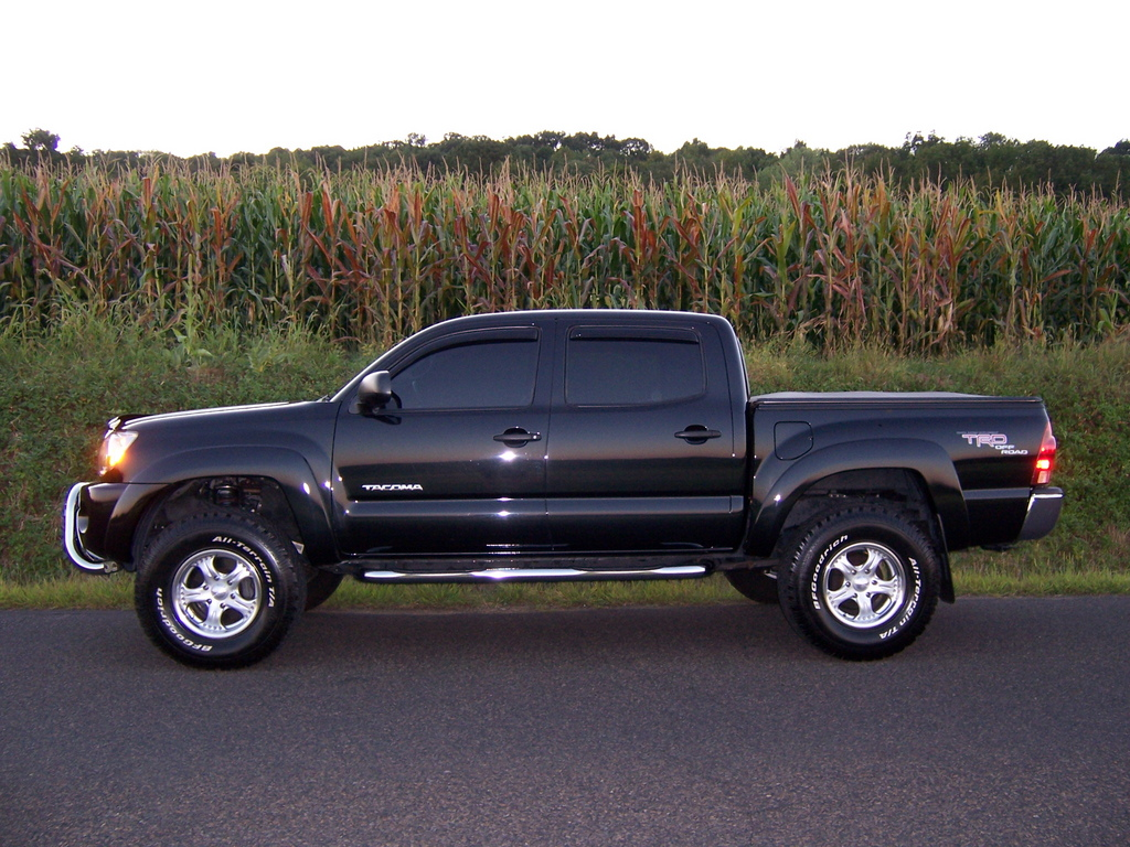 suedehead00 39 s 2005 toyota tacoma xtra cab in north wales pa. Black Bedroom Furniture Sets. Home Design Ideas