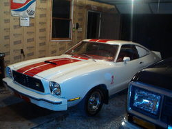 1977302 1977 Ford Mustang