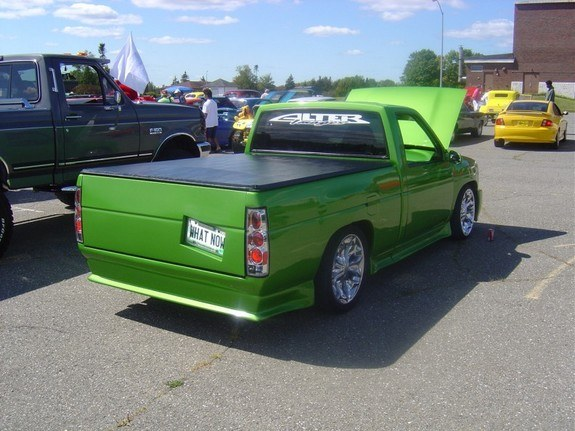 jrt customs 39 s 1995 nissan d21 pick up page 2 in caribou me. Black Bedroom Furniture Sets. Home Design Ideas