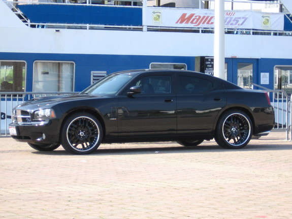 CAMNICO815 2006 Dodge Charger