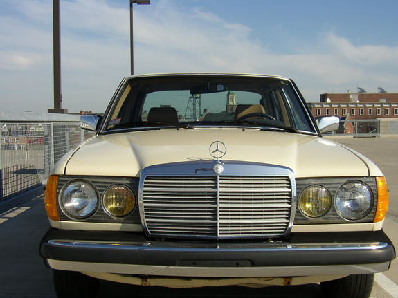 Eteichmann 1982 mercedes benz d class specs photos for Old mercedes benz models