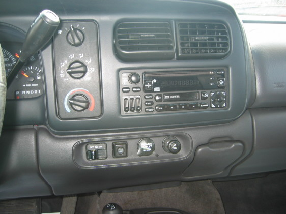 Large on 05 Dodge Magnum Rt Specs