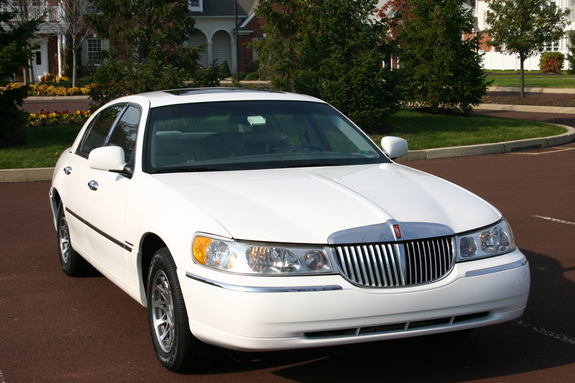 Consultant 2000 Lincoln Town Car Specs Photos