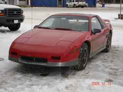 weewees 1985 Pontiac Fiero