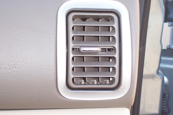 Another Trae_T89 2003 Saturn L-Series post... - 7281670